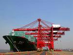 La Cina richiede sempre meno materie prime